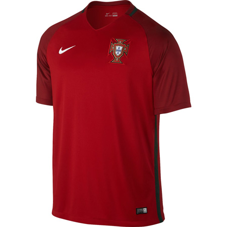Nike Portugal Home 2016-17 Stadium Jersey